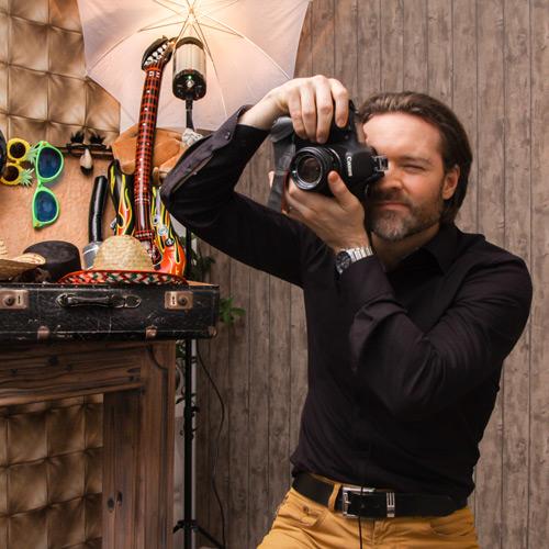 Hochzeitsfotograf Dresden - Fabian Schneider bei der Arbeit
