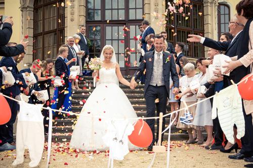 Hochzeit Fotograf- Meißen Rosenblätter